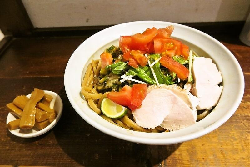 G系『麺でる』相模原店で夏野菜香る冷麺的なラーメンを食べる時