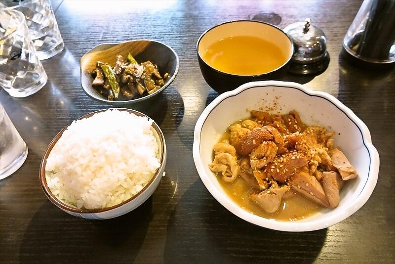 熊本『小料理ダイニング 梟』ホルモン煮込み定食500円でどうよ?