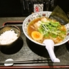 熊本『にぼらや』煮干しラーメン(ライス付き)でどうでしょう?