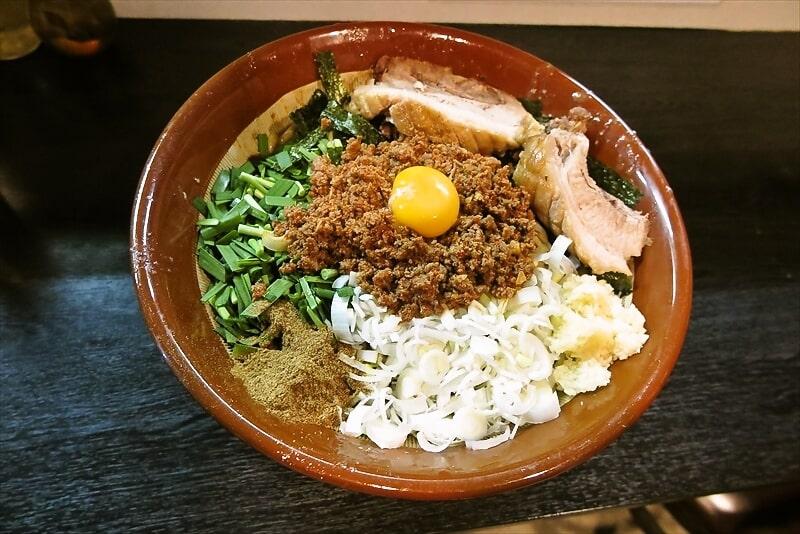 デカ盛り!『豚星。』限定ラーメンの我流豚星。台湾混蕎麦を食す!