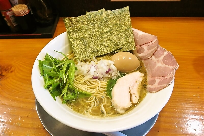 【紫蘇】相模原『六郷』塩煮干し&しそ油なラーメンを食す【シソンヌ】