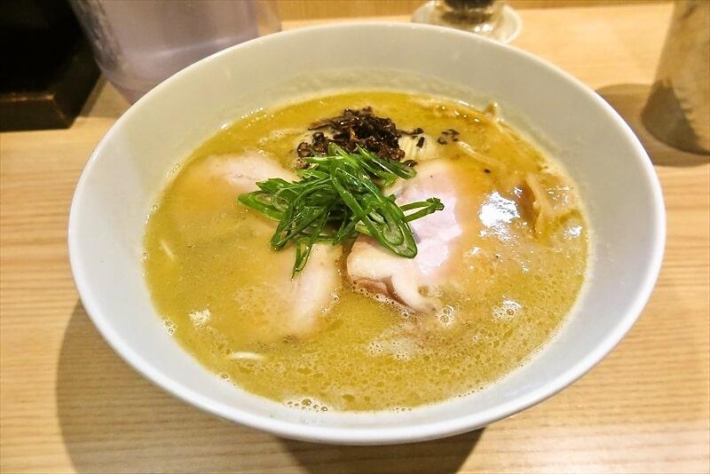 中村麺三郎商店白湯ラーメン1