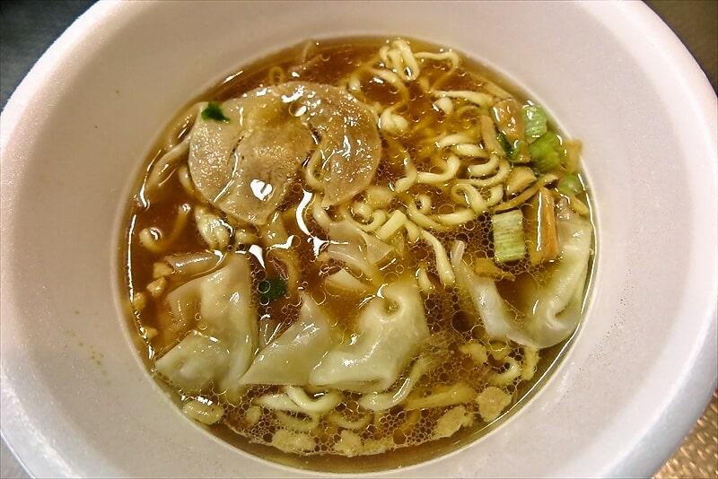 明星とら食堂ワンタン麺カップラーメン5