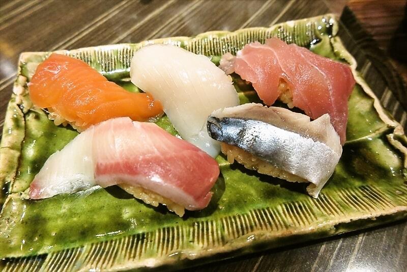 『コンパス』握り寿司