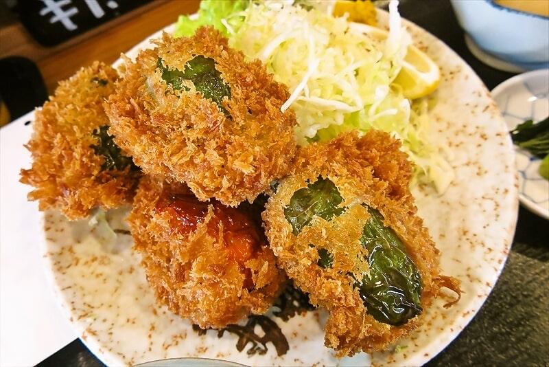飯野屋ピーマン肉詰めフライ定食8