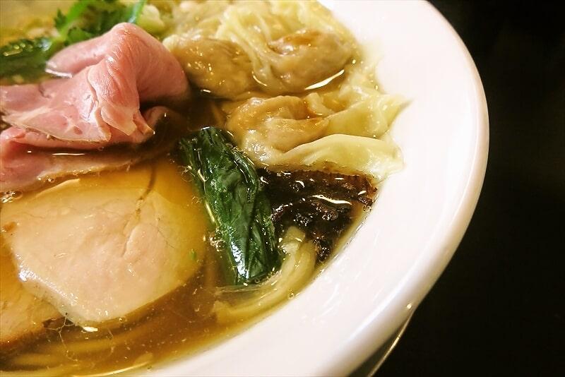 『麺や六助』ワンタン中華そば4