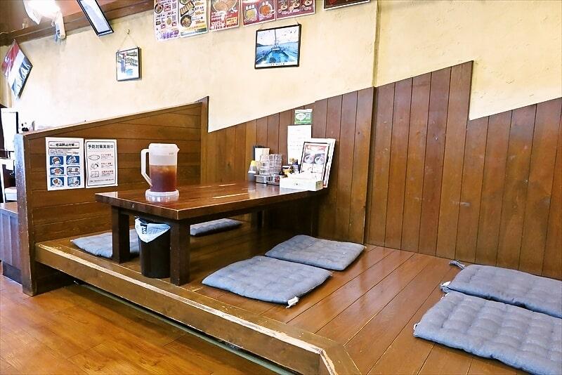 長崎らーめん西海製麺所店内