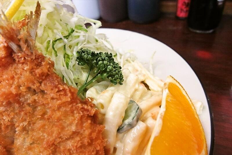 『とんかつ赤城』アジフライ定食5