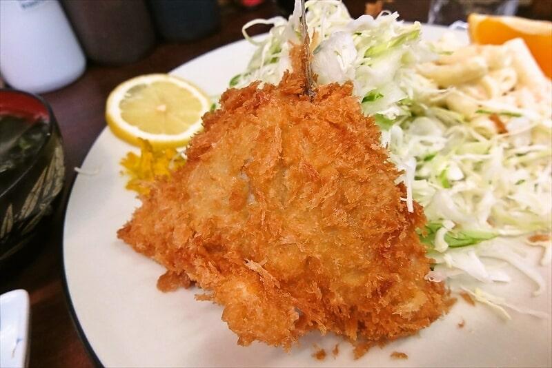 『とんかつ赤城』アジフライ定食8