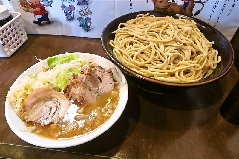 『麺屋 歩夢』大つけ麺ラー油抜き麺マシ1