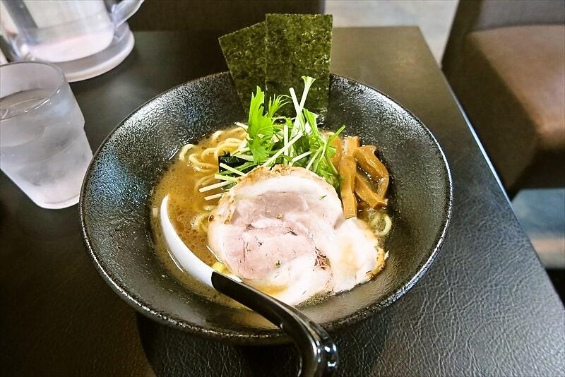 神極麺ラーメン1