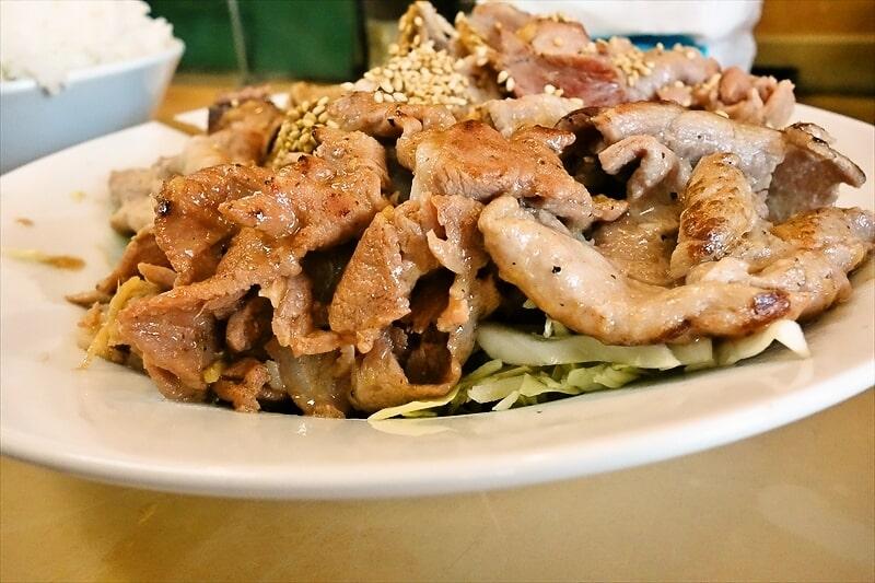 『大進亭』生姜焼き定食大盛り4