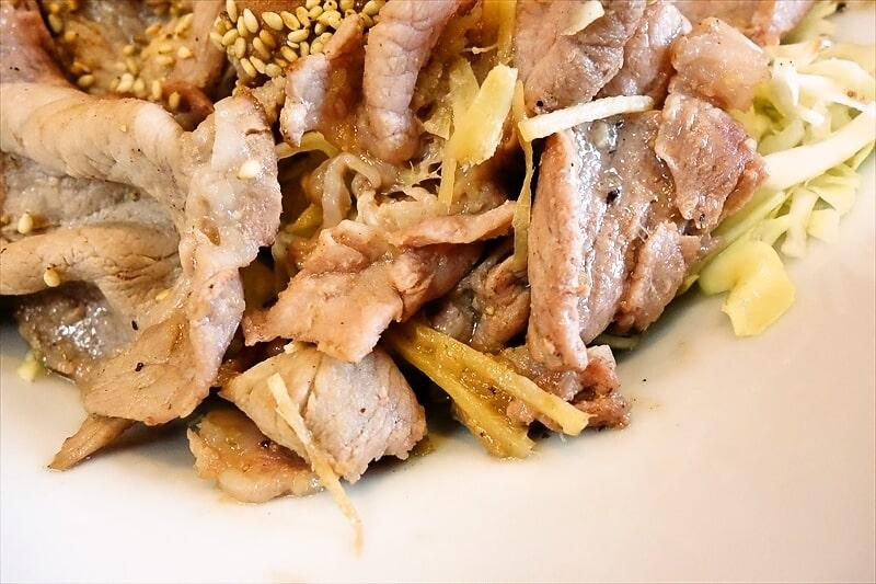 『大進亭』生姜焼き定食大盛り9