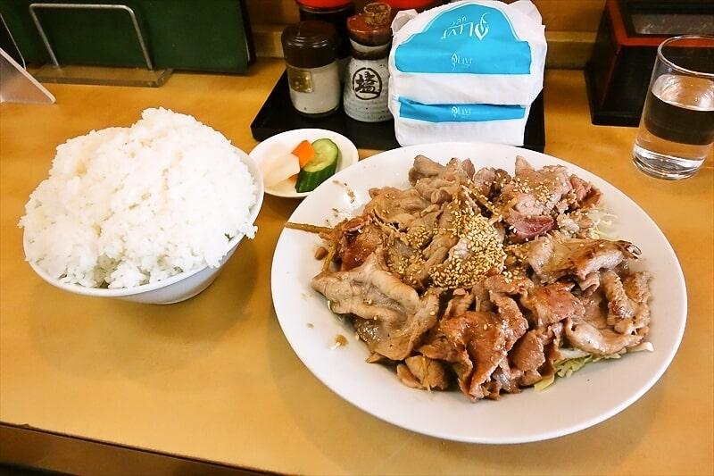『大進亭』生姜焼き定食大盛り1