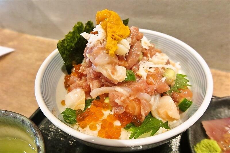 『たけし』海鮮ぜいたく丼4