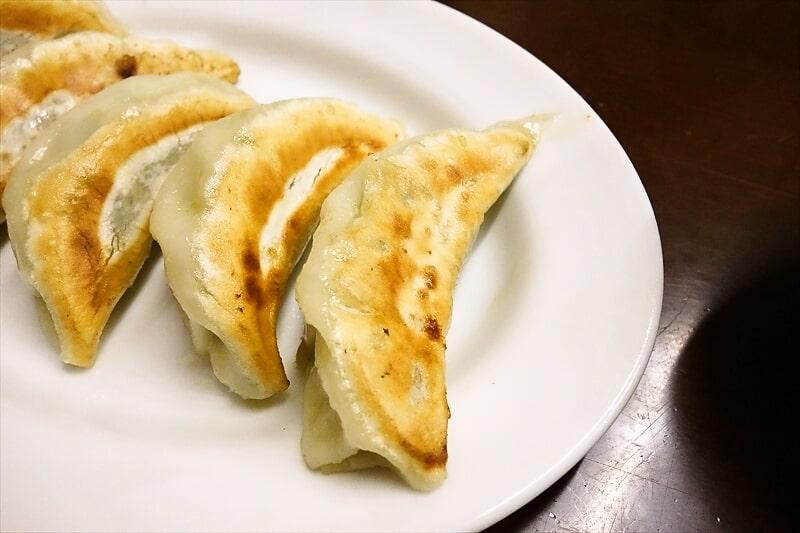 『中華料理つるや食堂』ギョーザ