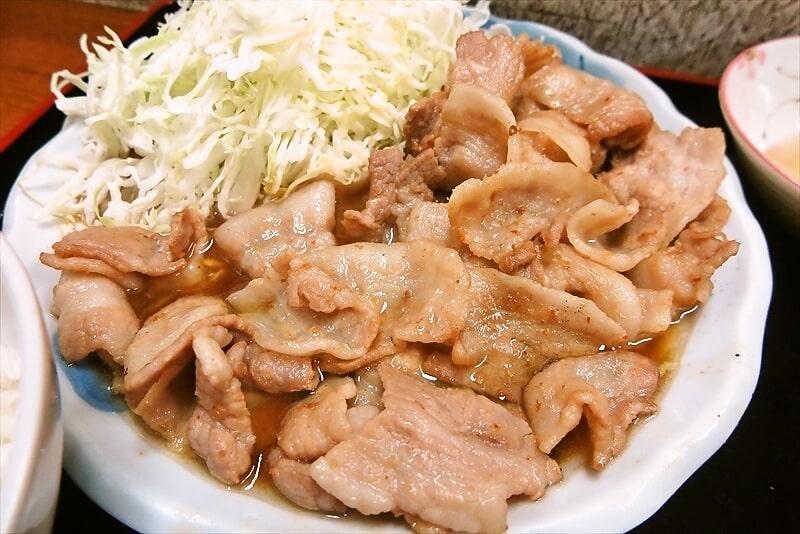 『お食事処 奄美』生姜焼き定食大盛り10