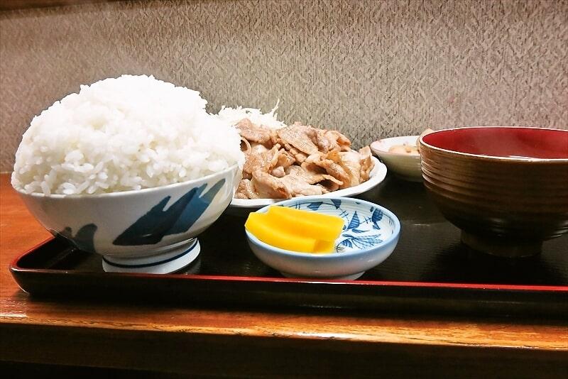 『お食事処 奄美』生姜焼き定食大盛り2