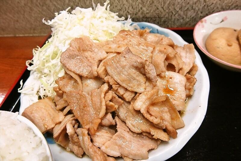 『お食事処 奄美』生姜焼き定食大盛り3