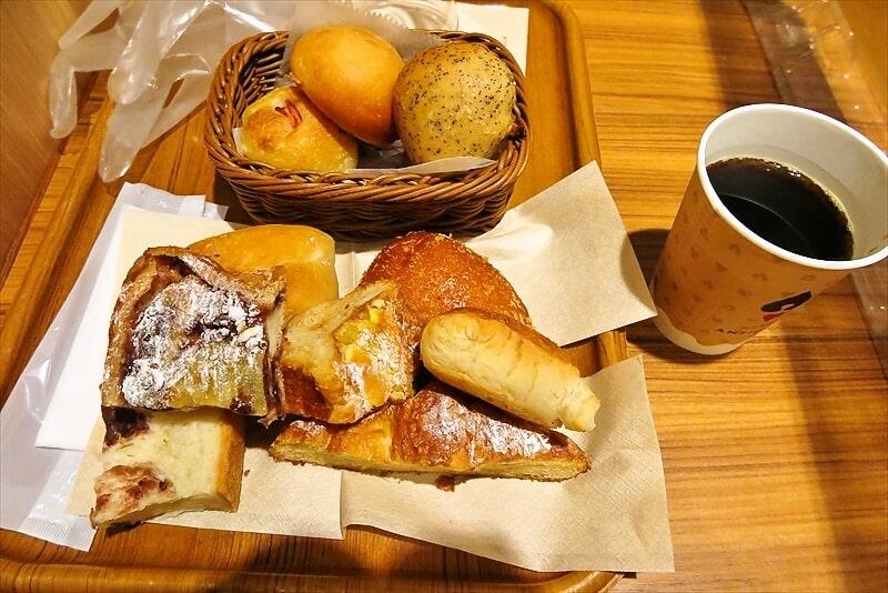 『アンティーク町田店』パン食べ放題モーニング4