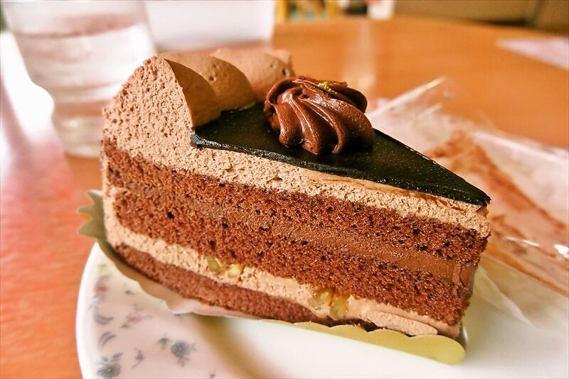 『不二家』プレミアムチョコ生ケーキ