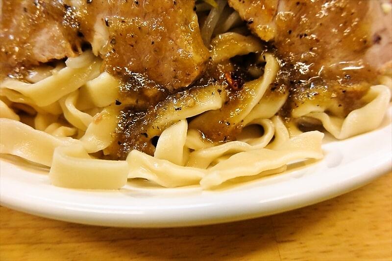 『きじとら』生たまねぎと黒胡椒の塩冷やし麺5