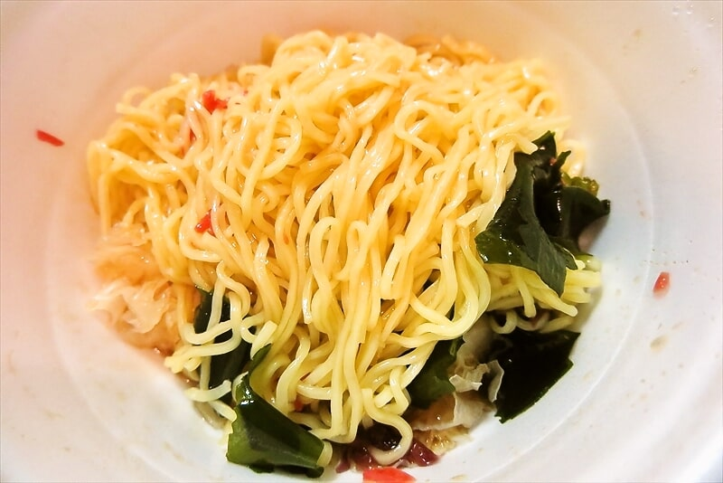 『凄麺 冷し中華 海藻サラダ風』9