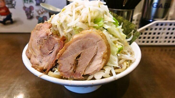 二郎系のラーメン食べて腹痛くなるヤツ、ちょっと来い@『麺屋歩夢』