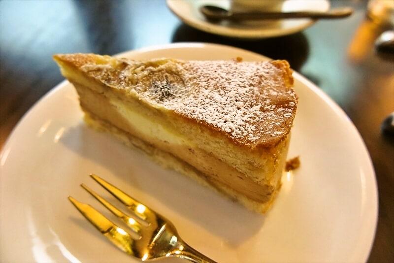 『珈琲 文明』バナナのケーキ2