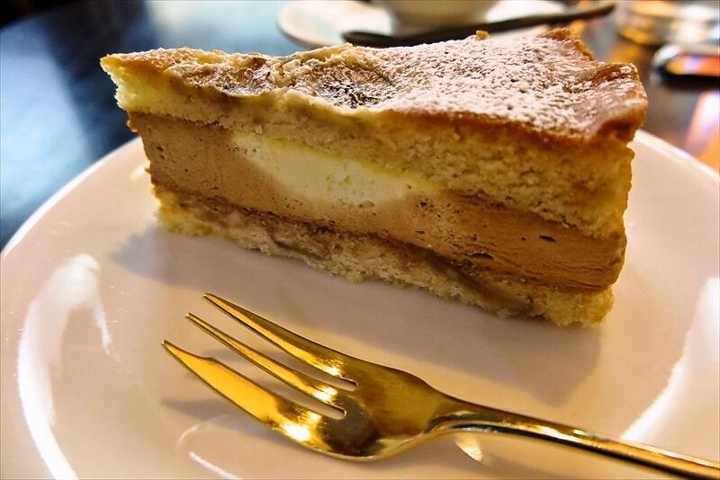 『珈琲 文明』バナナのケーキ3