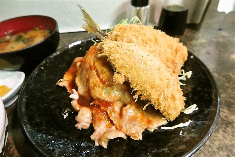 『まえだや』生姜焼き定食&アジフライ7