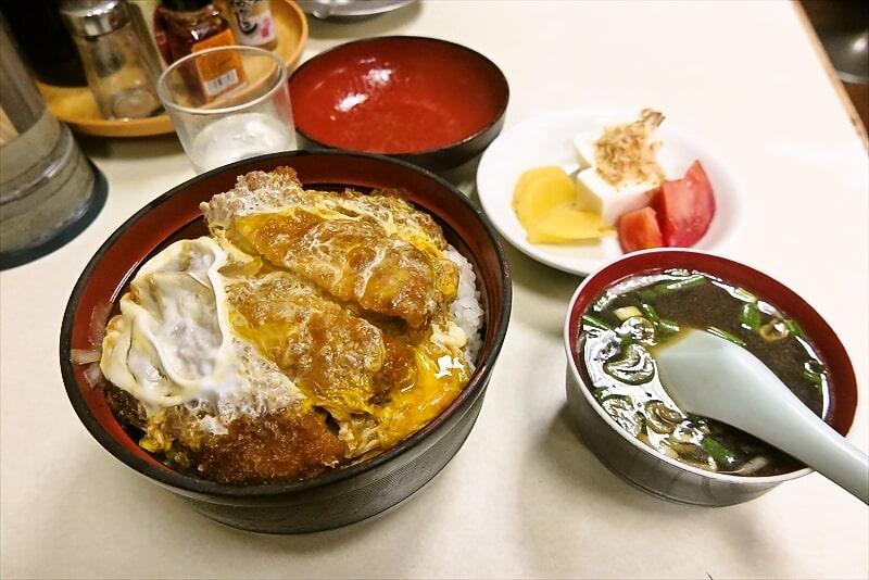 『中華料理 大勝軒』カツ丼2