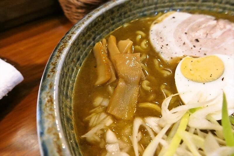 『スープカレーぶらっちゃ』カレーラーメン3