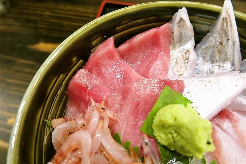 『どんぶり処 丼兵衛』えらべる5色丼5
