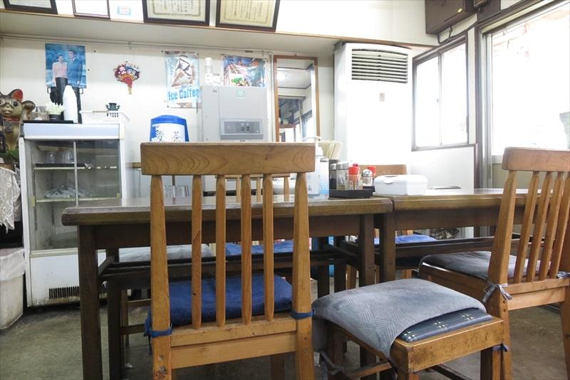 『大衆食堂 江戸っ子』店内写真1