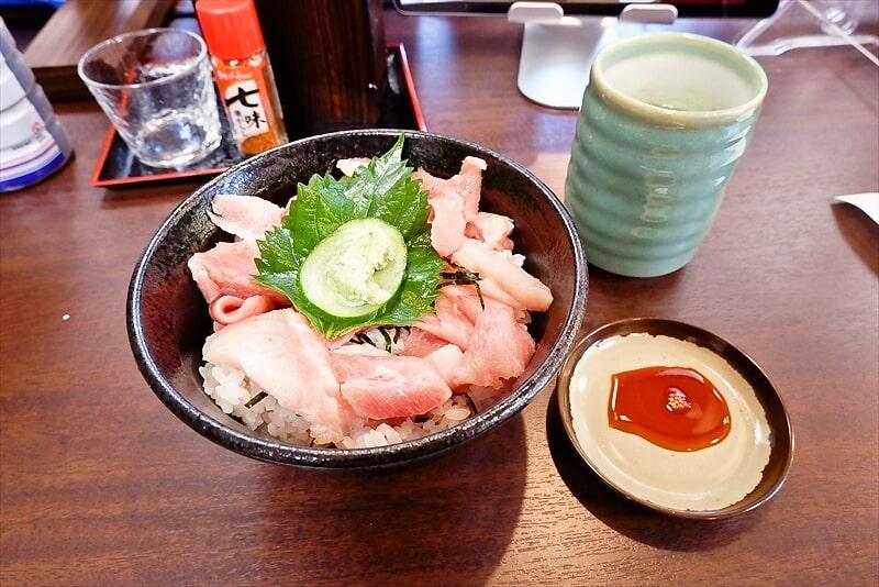 『御用寿司 相模原中央店』とろぶつ丼1