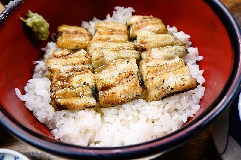 『うなぎ ほさかや』白焼丼2