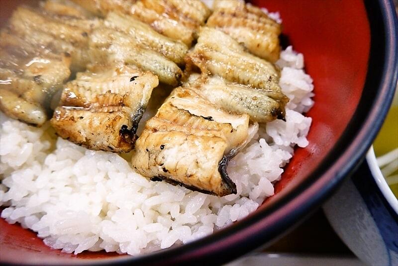 『うなぎ ほさかや』白焼丼6