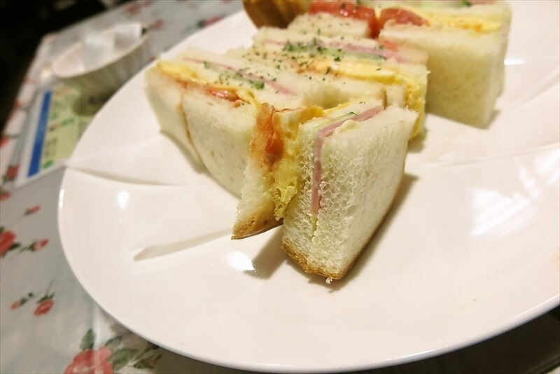 『カフェレスト トマト』玉子サンドセット3