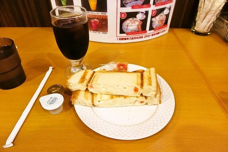 『モーニング喫茶リヨン』ポテトサラダプレスサンド1