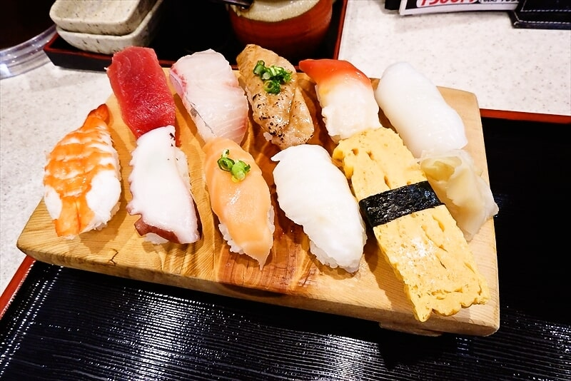 『まぐろ亭』ランチ握り寿司3